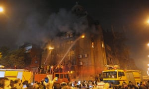Egypt's Muslims and Coptic Christians clash in Cairo