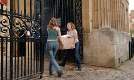 Students unload for the beginning of term,as they start their University career at Oxford university