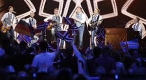 eurovision semi final 1: Iceland, Sjonni's Friends