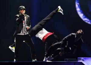 eurovision semi final 1: Greece, Loucas Yiorkas feat. Stereo Mike