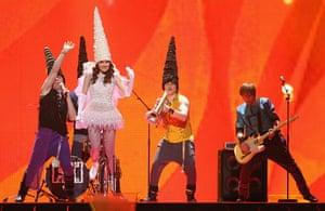 Eurovision Semi Finals: Moldova, Zdob și Zdub perform So Lucky