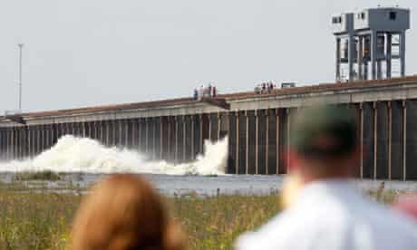 Mississippi floodgate