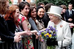 Queen in Ireland : Queen in Ireland
