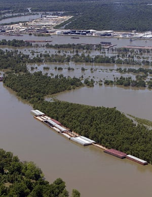 Mississippi floods: Barges sit parked on the Mississippi river near Vicksburg