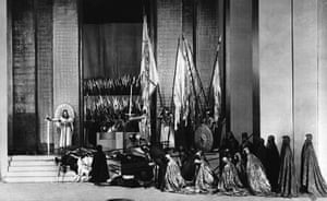 Stage Designs: Performance of <Hamlet>, Finale act Five