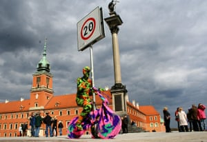 Olek: Crocheted bike in Poland