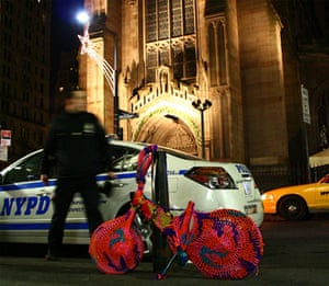 Olek: Crocheted bike in New York, 2010