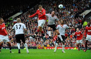 Premier League 2010-11: Dimitar Berbatov heads his and United's 3rd goal to win the match
