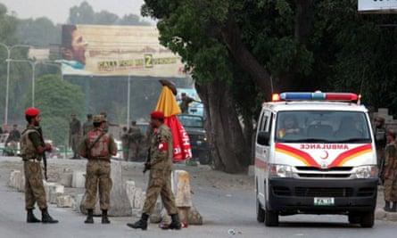 Pakistan police bombing