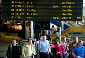 Volcano travel disruption: Schoenefeld airport