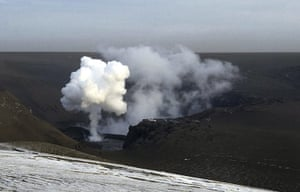 Volcano travel disruption: smoke from the Grimsvotn volcano
