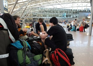 Volcano travel disruption: passengers play cards in Hamburg