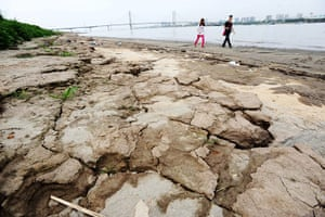 Drought in China: Chinas Yangtze River sees near-record low water levels on drought