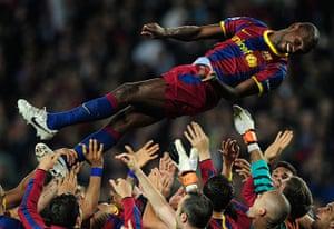 Barcelona: Barcelona's players toss teammate Barcel