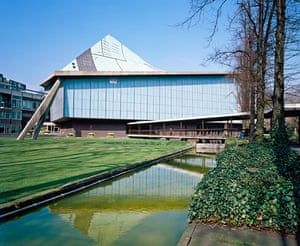 listed buildings: Commonwealth Institute