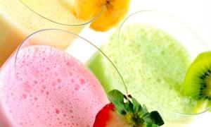 Banana, strawberry and kiwifruit milkshakes