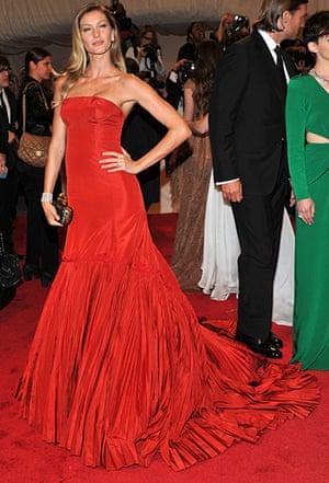 McQueen at the Met Ball: Gisele Bündchen