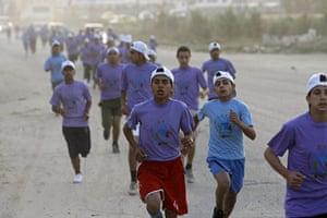 gaza marathon: Palestinian schoolboys run in Beit Hanun