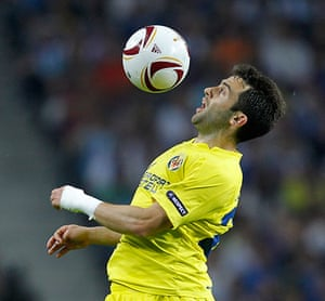 Top 50 transfer targets: Villarreal's Giuseppe Rossi controls the ball