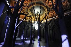 Venice biennale: Gunpowder Forest Bubble by Loris Graud  at the Palazzo Grassi