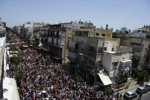 Gay Pride in Tel Aviv: Thousands of people take part in the Gay Pride parade