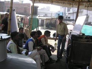 Ashden Awards: International finalists 2011 : Husk Power Bihar