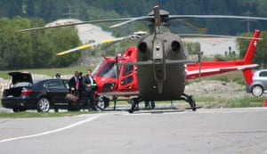 Bilderberg: Two helicopters prepare for take off