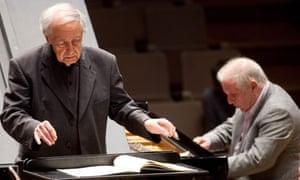Pierre Boulez and Daniel Barenboim (background) in rehearsal