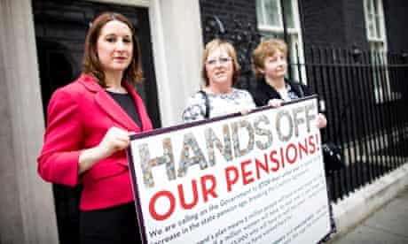 public sector workers warned against rejecting pensions deal