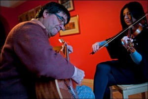 Ian Berry: Self-taught Chilean musician, Carlos Arredondo, came from Chile in 1974