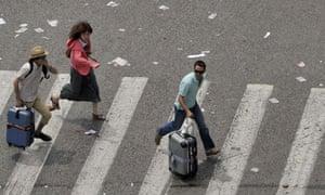 Tourists flee Athens