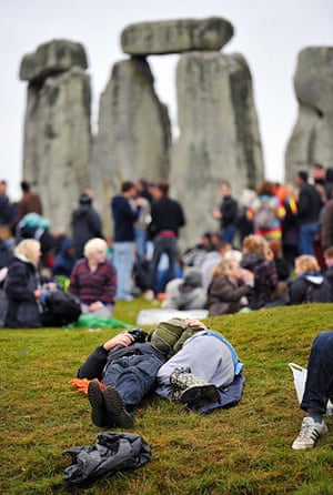 Summer solstice: People relax after watching the sunrise