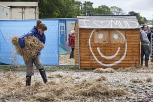 Glastonbury day 2: Bales of straw