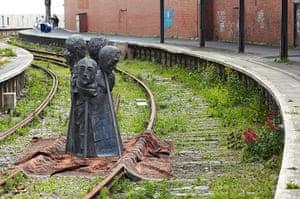 Folkestone Triennial: Rug People by Paloma Varga Weisz