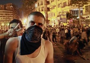 Cairo Clashes: Riots in Tahir Square in Cairo