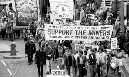 Sheffield Trades Council march - miners' strike 1984