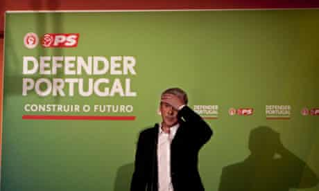 Portugal's Socialist prime minister José Sócrates faces losing Sunday's election