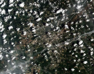 Satelitte Eye on Earth: the path of a devastating tornado tore through Tuscaloosa, Alabama