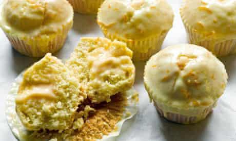 Orange custard cream cupcakes