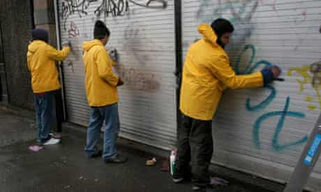 Offenders doing community service 11/1/06