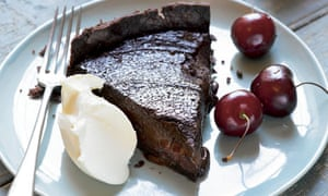 Hugh Fearnley-Whittingstall: Cherry and chocolate tart