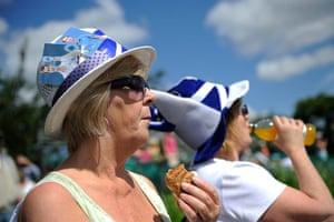 Wimbledon day 11: Tennis fans on Murray Mount