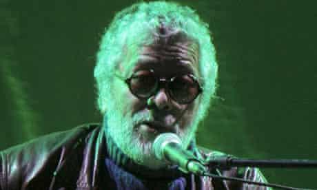 Facundo Cabral performs in Quetzaltenango