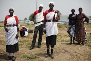 FTA: David Azia: Men and women from Jonglei state gather