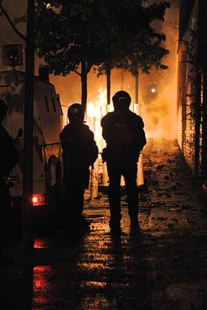 Belfast riots: Police come under attack during riots