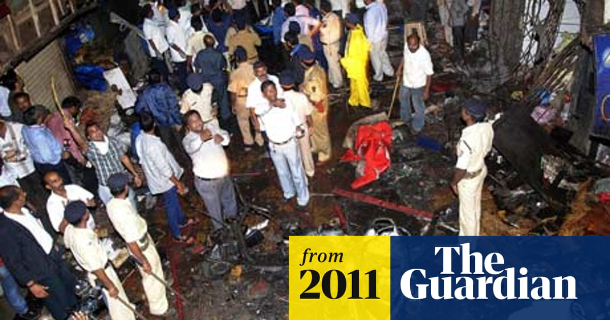 Mumbai bomb blasts kill 21 during city's rush hour | World news