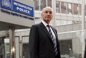 Sir Paul Stephenson, Met police commissioner resigns