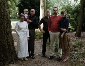 Thomas Struth: Thomas Struth, The Schafer Family 2