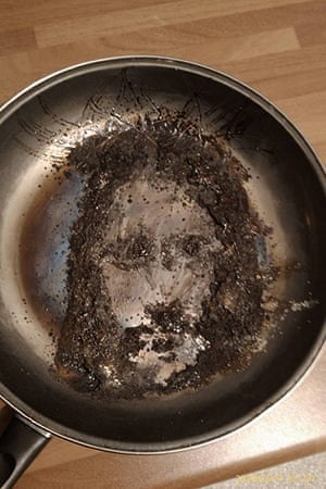 Religious Faces: Image of Jesus Christ in a Frying Pan, Salford, March 2010