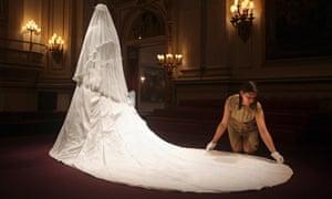 Wedding dress of Duchess of Cambridge